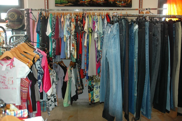 2nd-hand Clothes