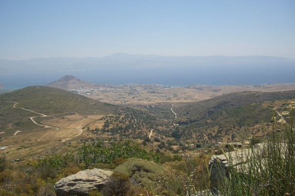 Land in Lefkes, Ag.Pantes